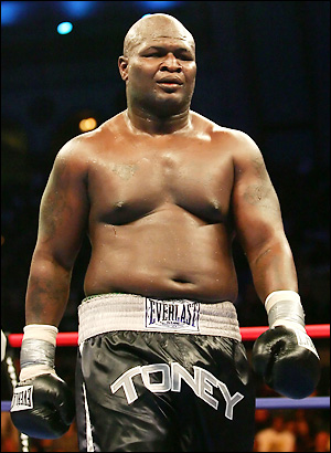 """Lights Out"" James Toney comes to fight champ Evander Holyfield, terribly overweight"