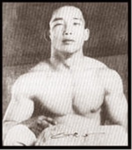 A popular photo of Kyukushinkai founder Masutatsu Oyama, prior to taking his mountain reatreat...